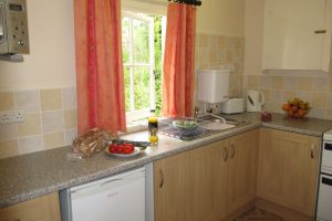 kitchen-the-meadow-holywell-bay
