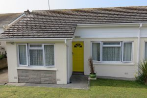 Trispen Cottage, Treguth Close. Holywell Bay