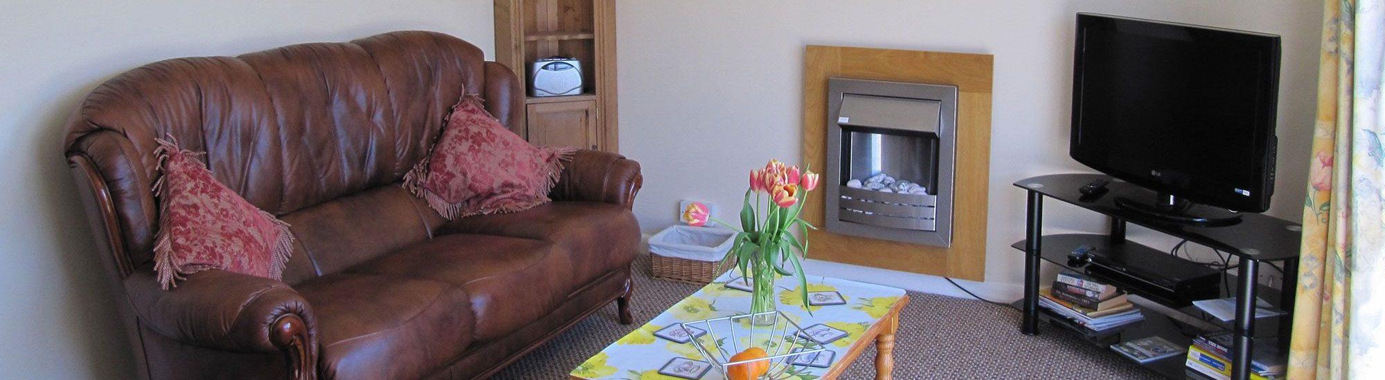 trispen bungalow 2000x550 - Trispen Cottage