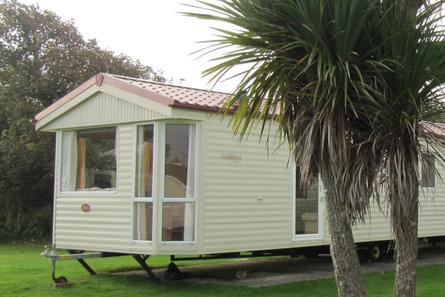 caravan-holywell-bay