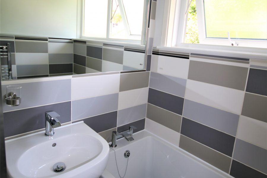 Bathroom Langarrow
